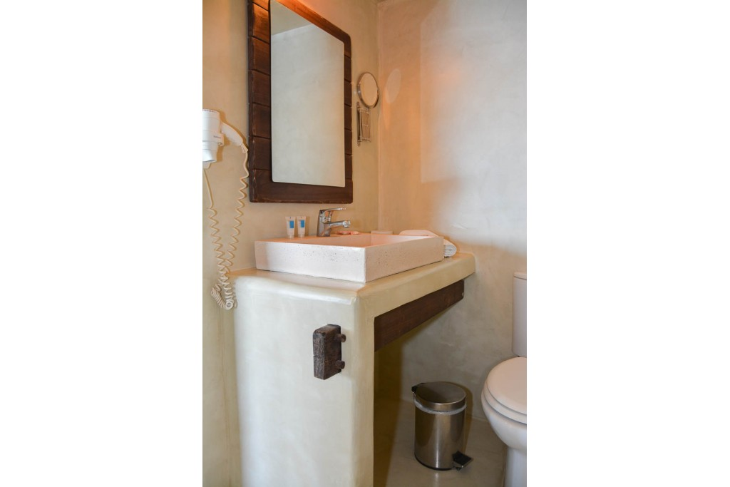 Junior Σουίτα με υδρομασάζ 9 Junior Hot Tub Suites
